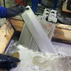 Комплексная промывка пластин теплообменника
